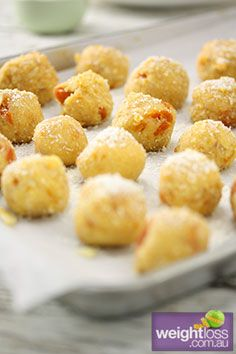 Healthy Snack Recipes: Apricot and Almond Balls. #HealthyRecipes #DietRecipes #WeightlossRecipes weightloss.com.au
