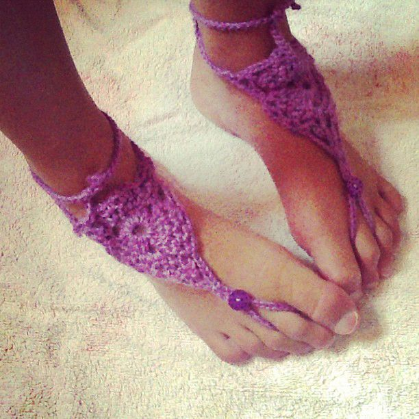Free crochet pattern for barefoot sandals
