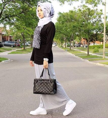 Nikes with Hijab ❤️  #Hijab