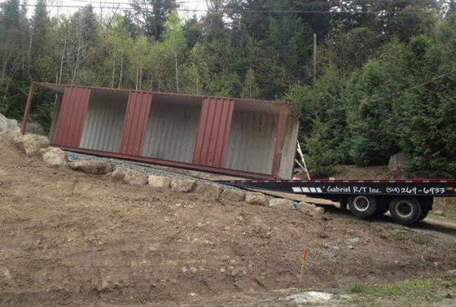 He Dragged 4 Shipping Containers Onto His Property, And What He Turns Them Into Left Me Speechless.