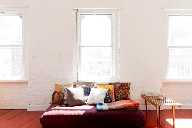 8 Rooms that Prove You Can Be Both Eclectic and a Minimalist | Apartment Therapy
