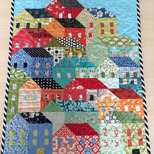 And this is the mini I made for my partner, it is Hillside Houses which is found on Craftsy #lethbridgemodernquilters #lethbridgemodernquiltguild #hillsidehousesqal