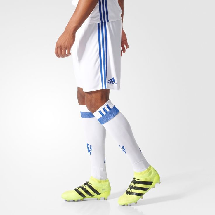 The new Chelsea 16-17 third kit will be white and blue, with a stunning lion-inspired graphic print.
