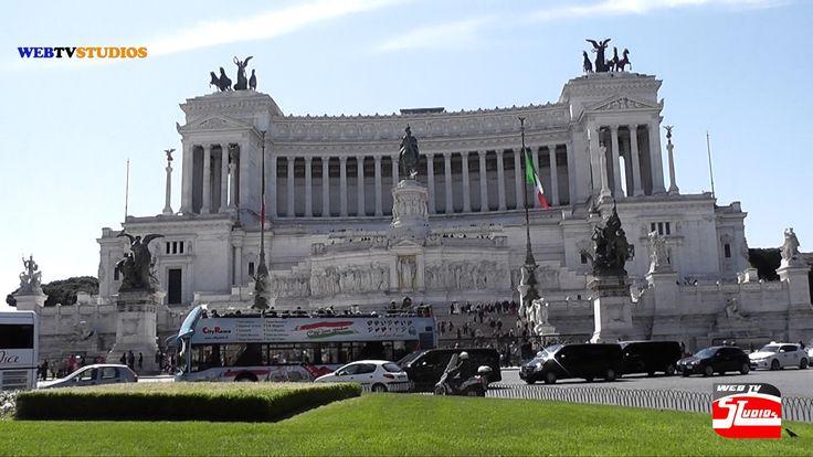 Altare della Patria Al Vittoriano Piazza Venezia Il Monumento nazionale a Vittorio Emanuele II, meglio conosciuto con il nome di Vittoriano