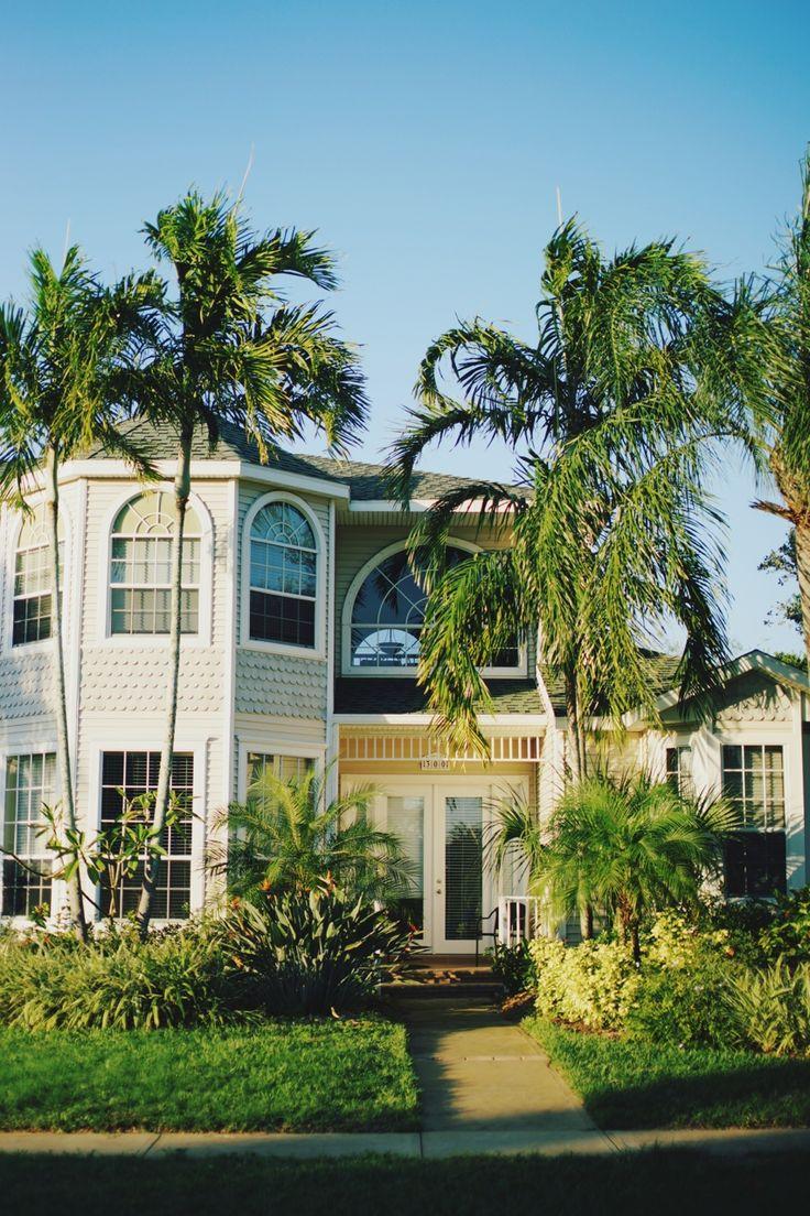 {beach houses + palm trees}