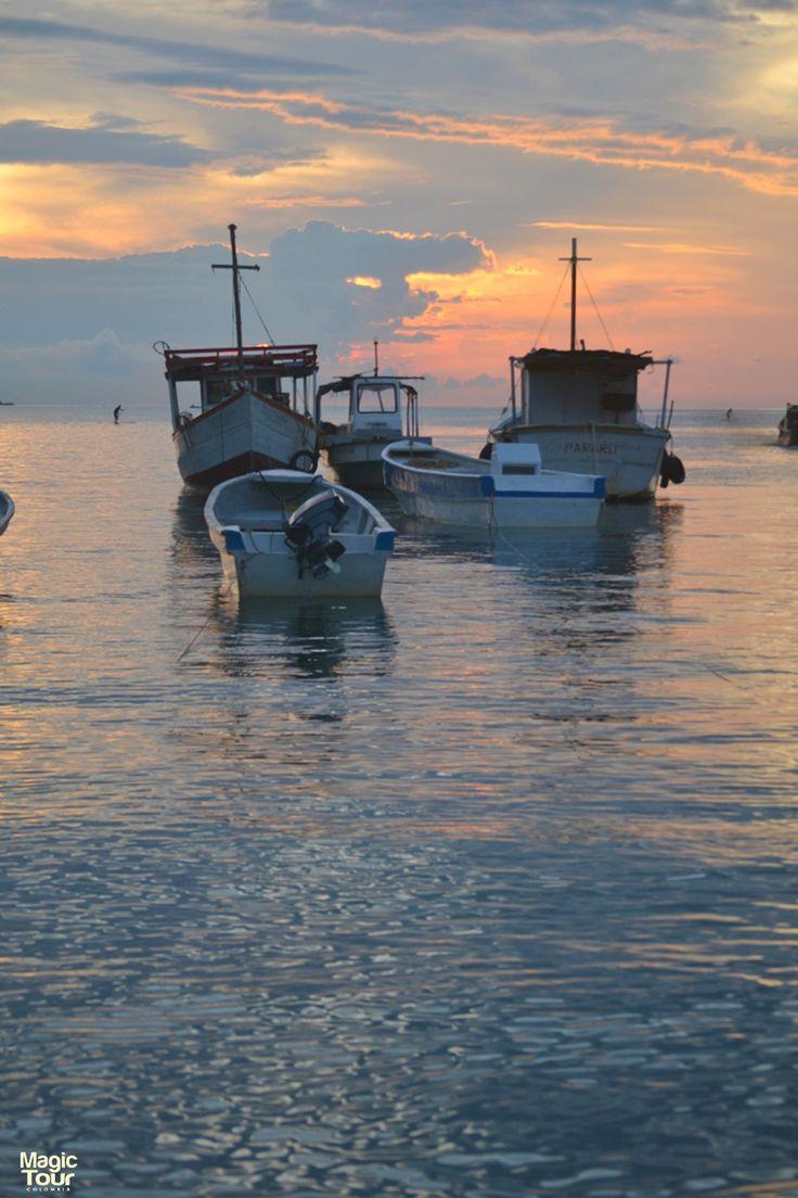 MAGIC TOUR COLOMBIA, Taganga pequeño pueblo de pescadores #santamarta #colombia #travel #adventure #cultures