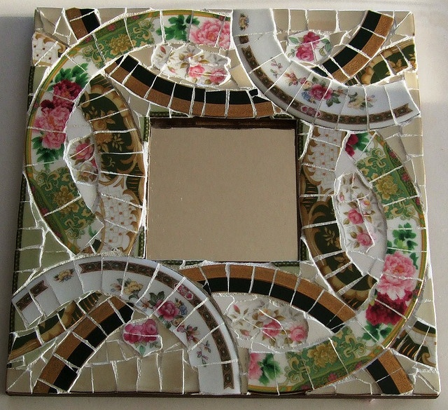 Green red square mirror by piecesintime mad about mosaic for Cracked mirror tiles