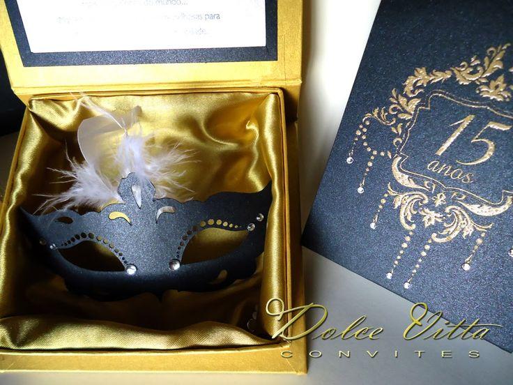 Um modelo super elegante nas cores preto com dourado inspirado em grandes palácios como de versailles   e o tema Baile de Mascaras!    Exclu...