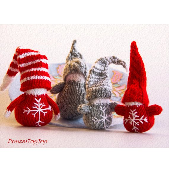 Knitting Patterns For Christmas Brooches : 1000+ images about knitting/crochet on Pinterest Baby knitting patterns, Kn...