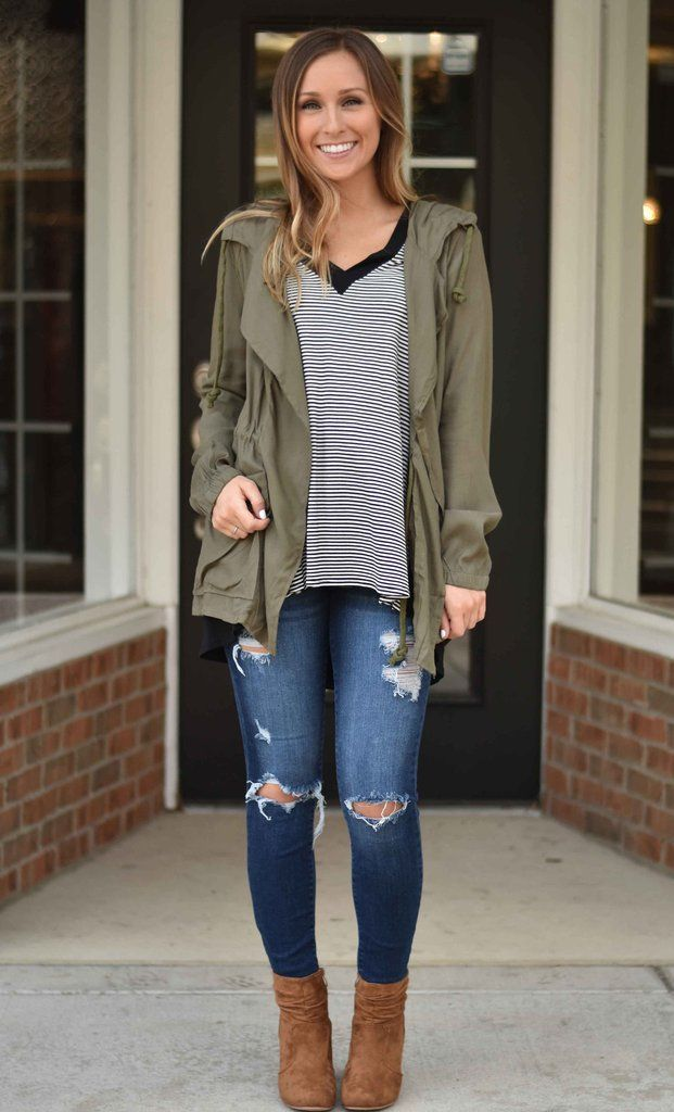 You need this in your closet for fall! So easy to wear you'll find yourself dressing it up and down! Hannah is shown wearing a small.