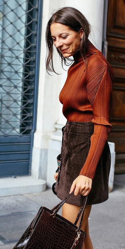 A lesson in fall palettes–Issey Miyake burnt orange Pleats Please top, brown button-up skirt, brown croc bag
