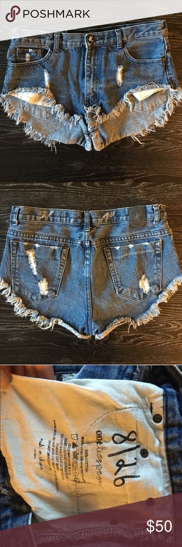 One teaspoon daisy duke shorts The cutest pair of shorts!!!! The fit is super flattering and very comfy. Bought from another posher and they don't fit One Teaspoon Shorts Jean Shorts