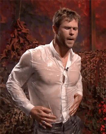 Chris Hemsworth showed off his amazing physique during a funny game of water war with Jimmy Fallon -- watch the video! Jan. 13, 2015
