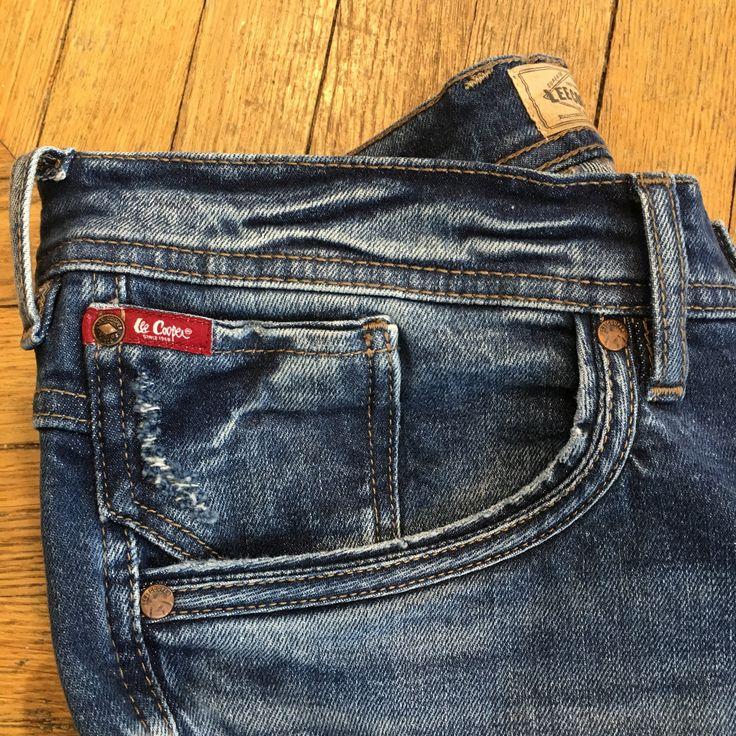 #leecooper #red #tab #redtab #denim #denimlove #love #iconic #jacket #belt #leecooperbelt #since1908 #blog #blogger #beautiful #look #ootd #fashion #fashionblogger #famous #englishstyle