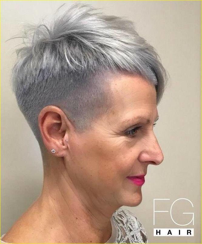 Kurze Frisuren Fur Altere Frauen Uber 50 Graue Haare Frisuren