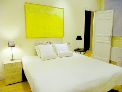 Madrid, Spain Vacation Rental, 1 bed, 1 bath, kitchen with internet in Malasara y Conde Duque. Thousands of photos and unbiased customer reviews, Enjoy a great Madrid apartment rental perfect for your next holiday. Book online!