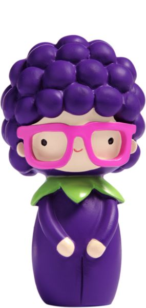 https://lovemomiji.com/dolls/percy-violet/violet