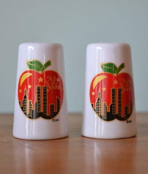Retro New York salt & pepper shakers