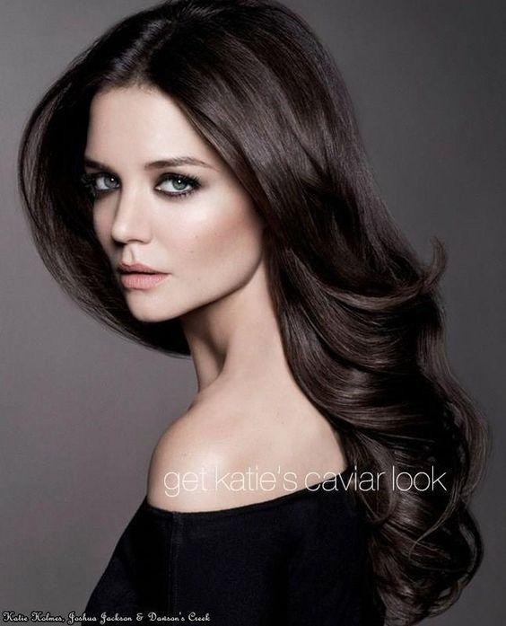 Resultado de imagen para cabello color chocolate oscuro con mechas