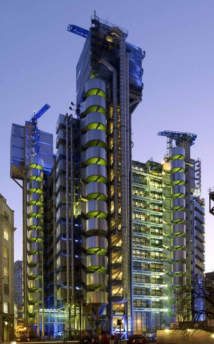 Lloyd´s Building by Richard Rogers, London.