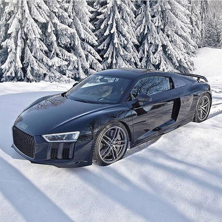 Audi R8 in Winter  via @SuperCar.Club | Photo by @auditography by the_luxury_life https://www.instagram.com/p/BBKqdWttBXd/ via https://instagram.com/hotelspaschers