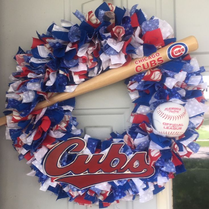 This wreath is for all the Cubs fans.. Go Cubs!!