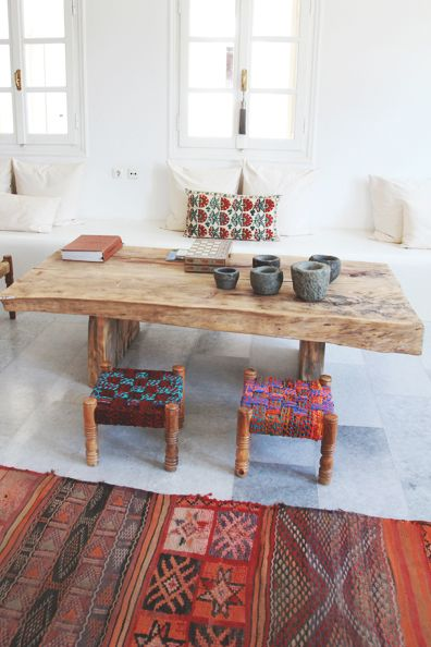 :: Love that table.