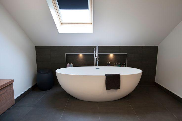 17 beste idee n over luxe badkamers op pinterest badkamer badkameridee n en badkamer douches - Moderne luxe badkamer ...