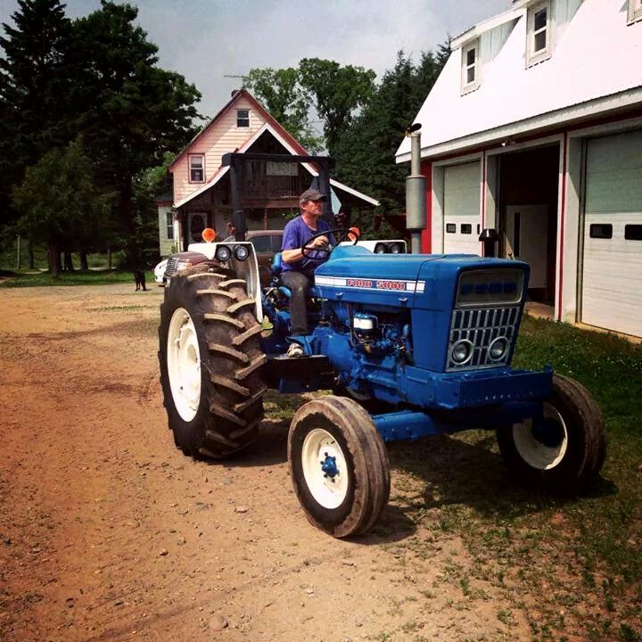 Ford 4600 Tractor Fenders : Best images about blue ford tractors on pinterest