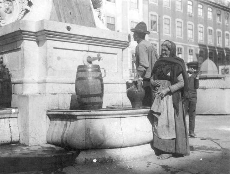 Lisboa, Chafariz de São Paulo, 1907  (public fountain)