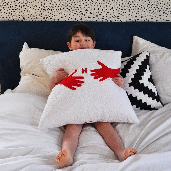 How to send a hug in the mail - a super simple (+ huggable) diy hug pillow.