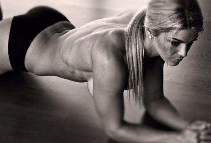 Одно упражнение, 4 минуты, 28 дней — и у Вас совершенно новое тело! Вы несомненно улучшите форму своего тела!