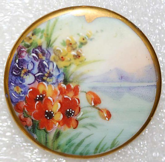 1900s hand-painted porcelain button.