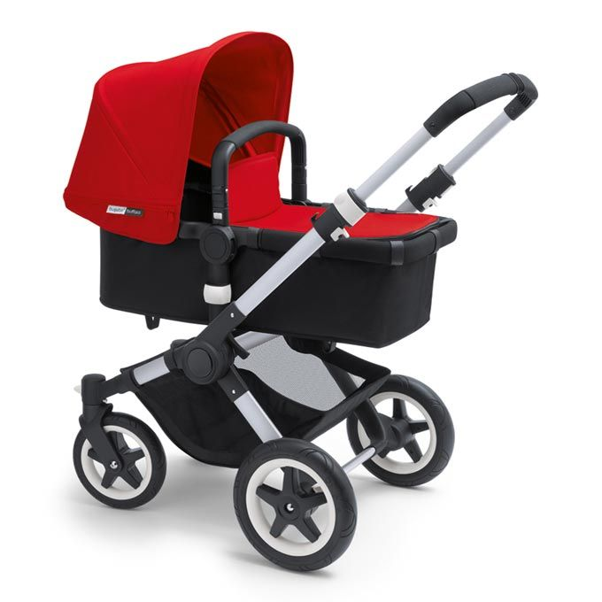 Bugaboo Buffalo in red. With the bassinet attachment for newborns.
