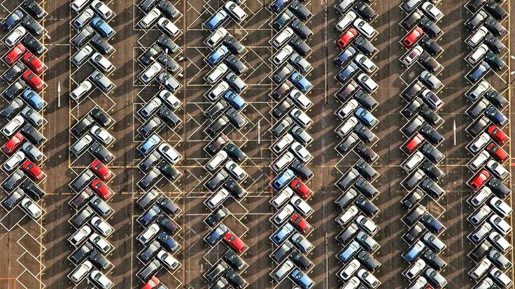 Новый знак для резидентов позволит приоритетно парковаться...