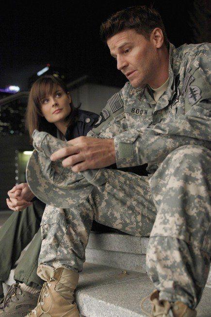 """Emily Deschanel as Temperance Brennan and David Boreanaz as Seeley Booth from Fox's """"Bones"""""""