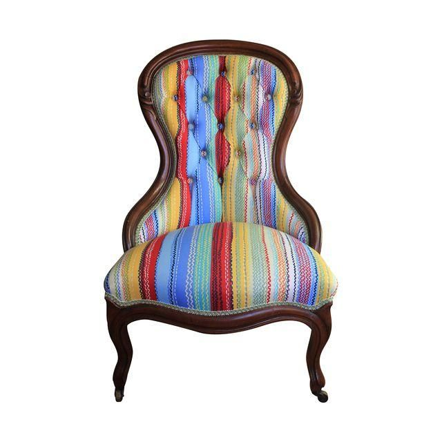 Image of Antique Victorian Spoon-Back Carved Walnut Chair