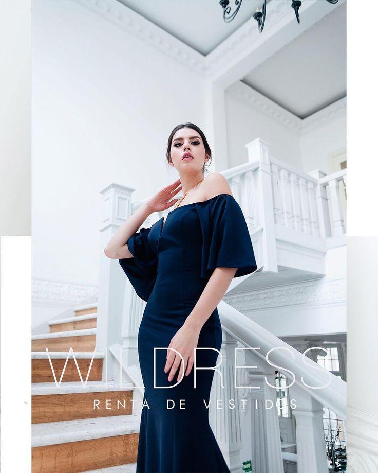 """RENTA Y VENTA DE VESTIDOS DF en Instagram: """"El corte en tendencia pero con tela y modelo diferentes, se la primera en lucir diferente! (Renta) #vivimoslamoda"""""""