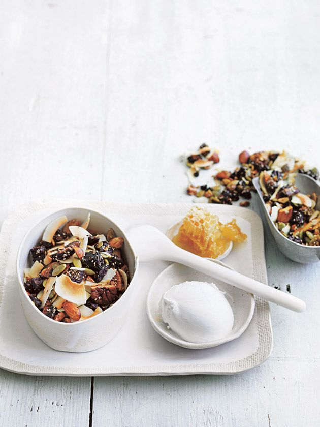 date, nut and seed granola