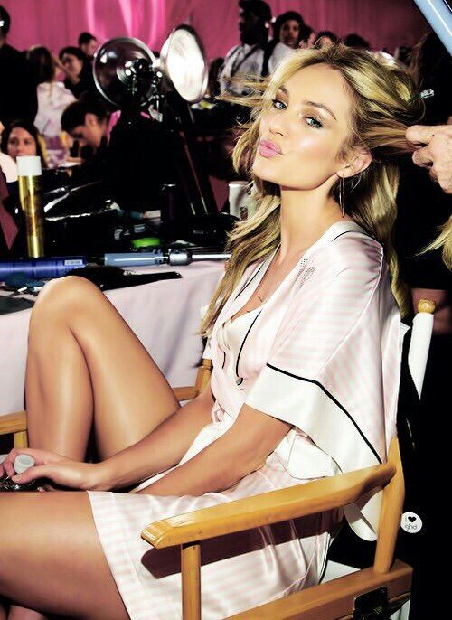 Image via We Heart It #backstage #fashionshow #Victoria'sSecret #candiceswanepoel