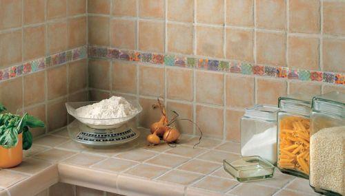 17 migliori immagini su cucine su pinterest vassoio di - Rivestimento piano cucina ...