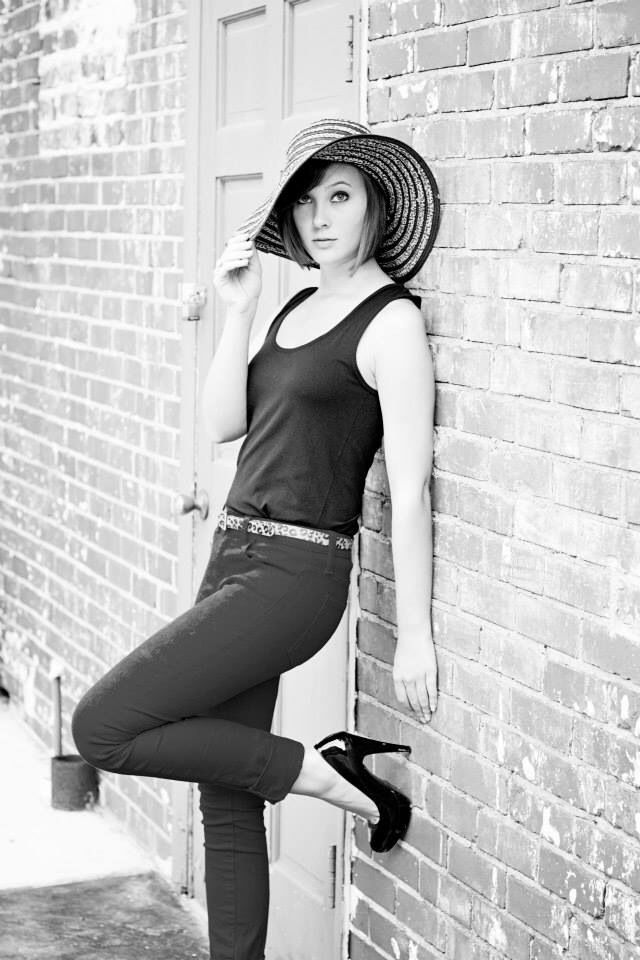 https://m.facebook.com/mnephotography?id=146470152200625&refsrc=https://www.facebook.com/mnephotography   #model #modeling #summerphotoshoot #summerphotography #seniorphotoshoot #seniorphotography #shorthair #mediumlengthhair #summer #photo #photoshoot #photography