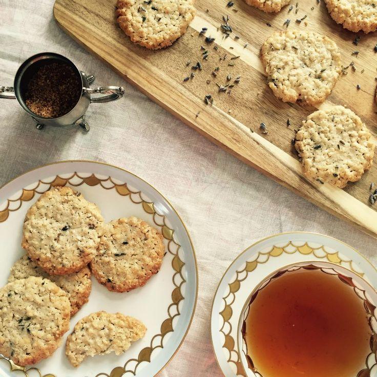 Sommer Rezept: Lavendel-Hafer-Kekse. Duftend wie der Sommer. Das Rezept gibts im Blog blog.anjiko.com Anjiko Anjikoblg, Anja Krause,…