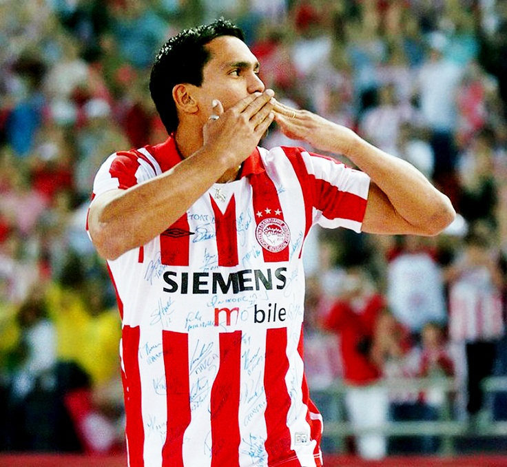 """Giovanni"" Giovanni Silva de Oliveira (Olympiacos FC, 1999–2005, 129 apps, 61 goals)"