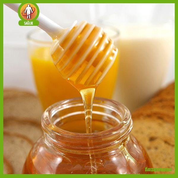 """Bal sabah kahvaltılarının en özel tatlarından biri. Herşeyden önce bal arının """"emeğidir"""".  Devamı için; http://blog.tazemasa.com/gercek-bal-nasil-anlasilir/"""