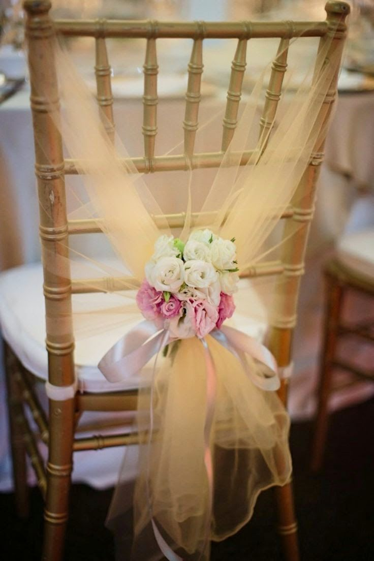 White Country House: Sandalye dekoru