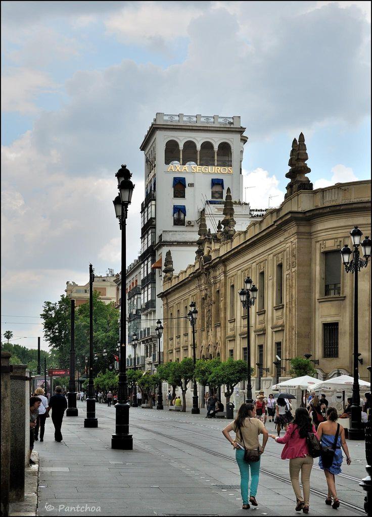 Calle Juan de Mata Carriazo, in San Bernardo, Sevilla, Andalucía_ Spain