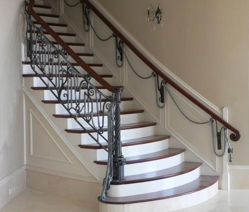 staircase by Maynard Studios    *Railing