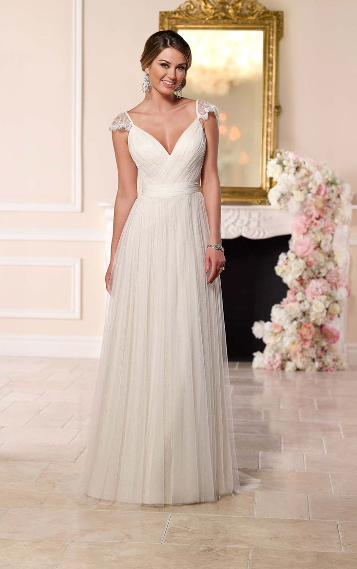 43 best wedding dresses images on Pinterest | Wedding frocks, Short ...