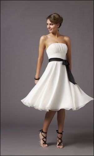 fun swing dancing dress. Perfect for a bride and grooms first dance ;) my husband WILL swing.
